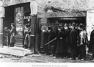 Winston Churchill in politics, 1900–1939 - Winston Churchill (highlighted) at Sidney Street, 3 January 1911