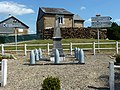 Singly (Ardennes) monument aux morts.JPG