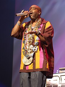 Slick Rick performing at the 2009 Fresh Fest concert in Los Angeles, California