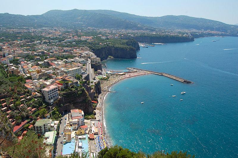 File:Sorrento - City view - panoramio.jpg