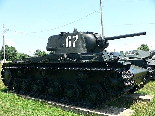 Soviet KV tank 2