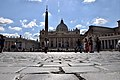 St. Peter's Square and Basilica (Ank Kumar) 03.jpg