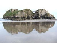 St Catherines Island and Fort from Castle Beach May 2012.jpg
