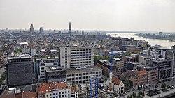 Stadsgezicht van Antwerpen vanaf het MAS 30-05-2012 15-29-35.jpg
