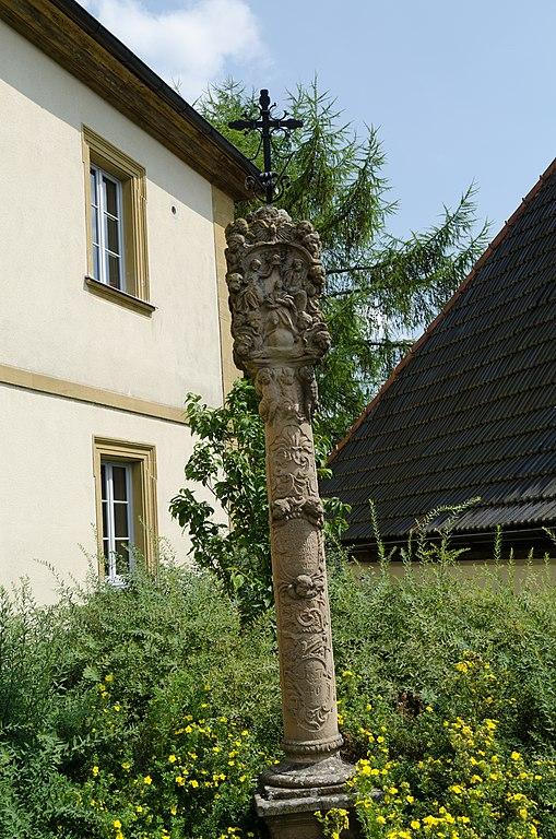 Datei stadtsteinach kirchplatz 2 wikipedia for Ta 2s 0138