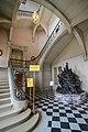 Stairway in the Château de Versailles (24220096731).jpg