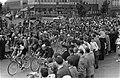 Start Olympias tour bij de Markthallen te Amsterdam, Bestanddeelnr 911-2806.jpg