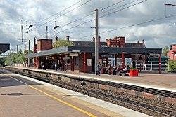 Station buildings, Wigan North Western railway station (geograph 4500004).jpg