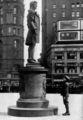 Statue of Nathan Hale NGM-v31-p290.jpg