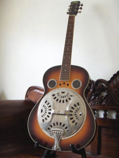 File:Steel guitar-KayEss.1.jpeg