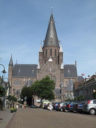 Steenbergen - Image: Steenbergen, Gumaruskerk foto 4 2010 09 11 12.04