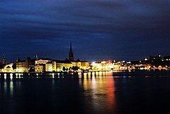 Stockholm-at-night.jpg