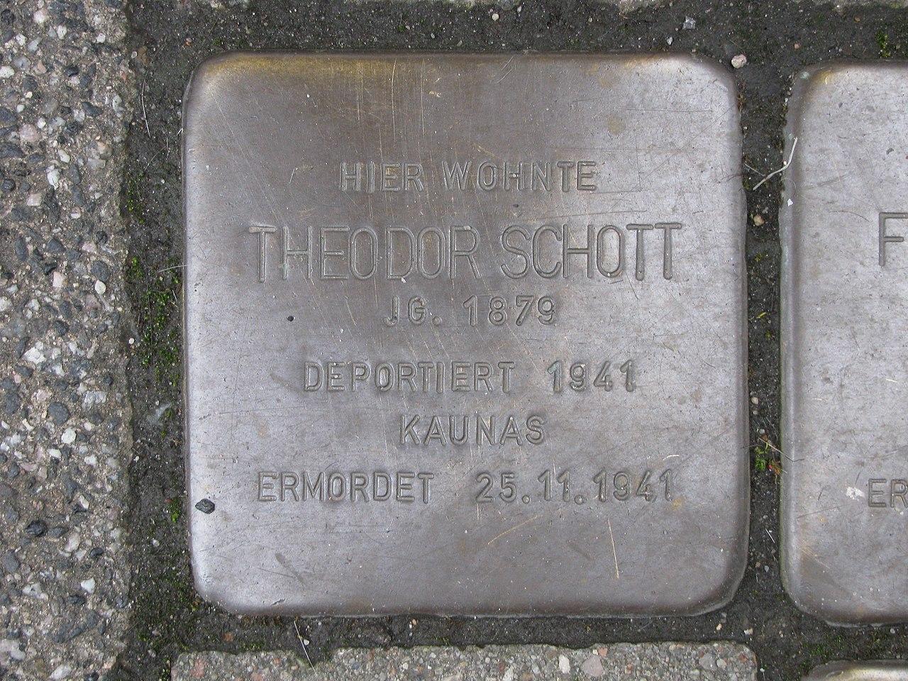 Stolperstein Theodor Schott, 1, Frankfurter Straße 17, Raunheim, Landkreis Groß-Gerau.jpg