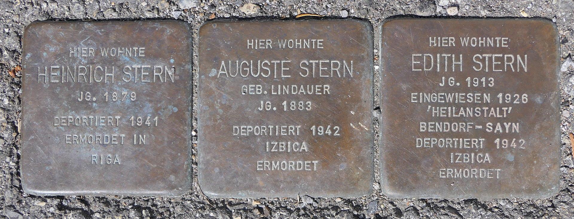 Stolpersteine für Familie Stern, Weidachstraße 16, Degerloch, Stuttgart.JPG
