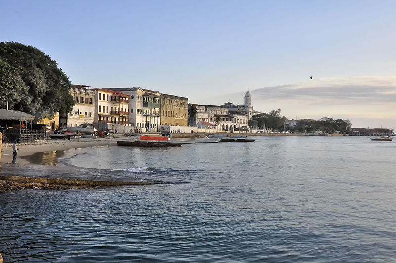 800px-stone_town_waterfront2c_zanzibar_281016320368529