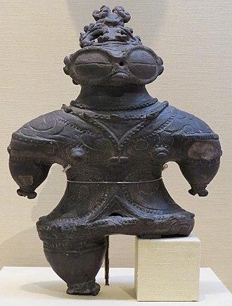 Jōmon period - Image: Stone statue, late Jomon period
