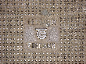 Telecom Éireann - A manhole cover photographed in 2009, dating from the Telecom Éireann network upgrade.