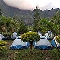 Terrain de camping dans l'îlet d'Aurère à Mafate, La Réunion, 27 mai 2019.jpg