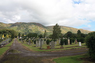 Tillicoultry - The cemetery in Tillicoultry with the Ochil Hills behind