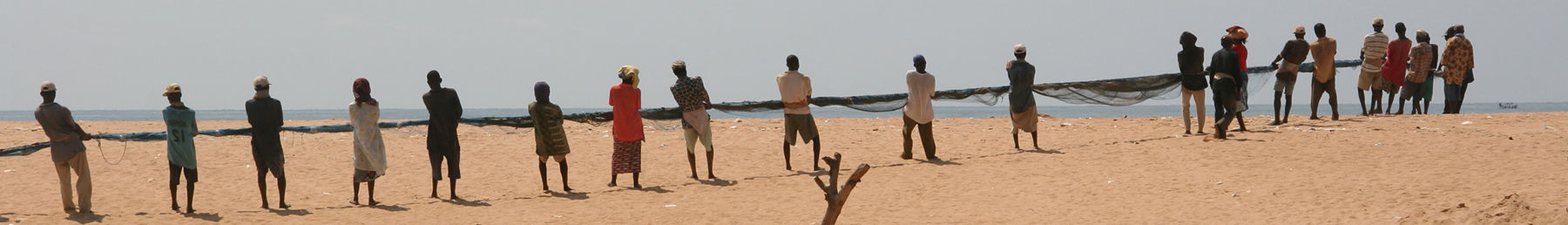 Togo banner Fishermen with net.jpg