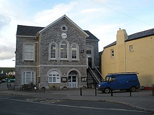 Covers (Show of Hands album) - The album was recorded at Chudleigh Town Hall (pictured).