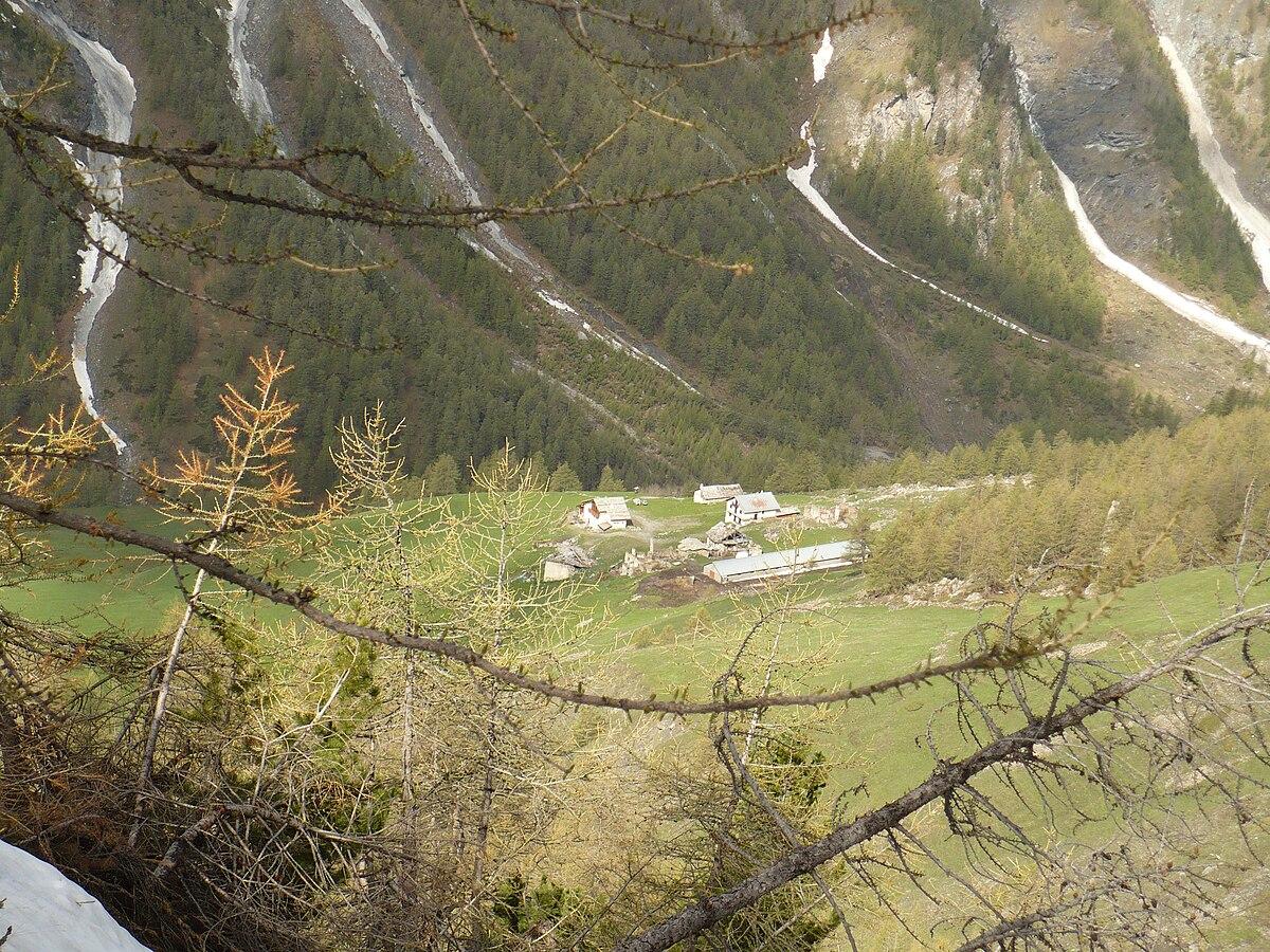 Rifugio troncea wikipedia for Rifugio in baita di montagna