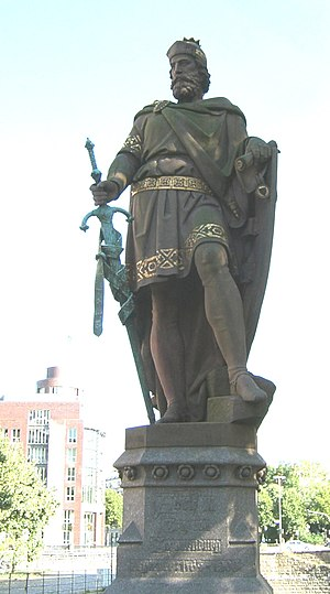 Adolf III of Holstein - Statue of Adolf III by Engelbert Peiffer, on the Trostbrücke in Hamburg
