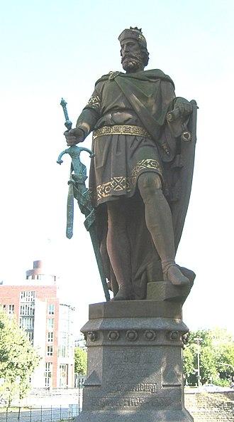 Adolf III of Holstein - Statue of Adolf III by Engelbert Peiffer, on the Trostbrücke in Hamburg