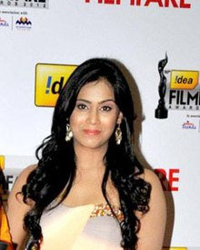 Tulasi at 60th South Filmfare Awards 2013.jpg