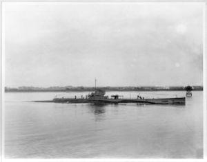 S-7 USS (SS-112),