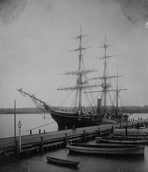 USS Essex (1874) - Image: USS Essex at Annapolis