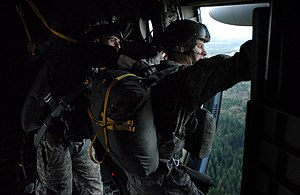 Jumpmaster - Image: US Army Jumpmaster School