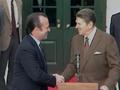 US President Reagan and Prime Minister Balsemão of Portugal 1982-12-15.png