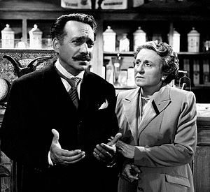Umberto Spadaro - Umberto Spadaro (left) and Titina De Filippo in Cani e gatti (1952)