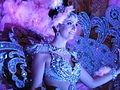 Una de las damas en la Cabalgata anunciadora del Carnaval de Santa Cruz de Tenerife, año 2016.JPG