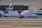 United Airlines, Boeing 737-824(WL), N78506 - LAX (18576200948).jpg