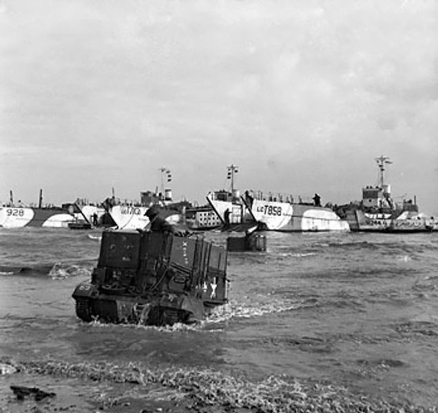 File:Universal carriers on Gold Beach.jpg