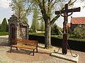 Venray Blitterswijck, Mariakapelletje en wegkruis Oude Heereweg.JPG