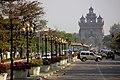 Vientiane-Patu Xay-10-Allee-gje.jpg