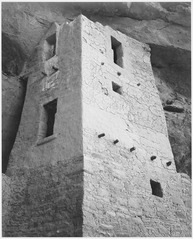 "View of tower, taken from above, ""Cliff Palace, Mesa Verde National Park,"" Colorado. (Vertical Orientation), 1933 - 1941 - NARA - 519944.tif"