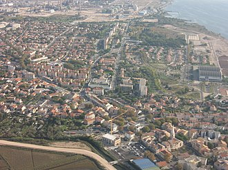 Berre-l'Étang - An aerial view of Berre-l'Étang