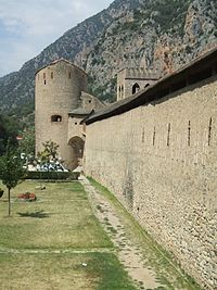 Villefranche-de-Conflent Fortifications Tour-du-Diable.jpg