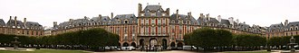 Place des Vosges - Panoramic View
