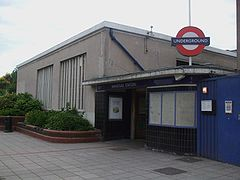 Wanstead station building northwest.JPG