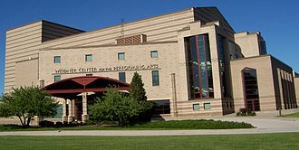 Weidner Center, part of UW-Green Bay WeidnerCenterMainEntranceMay2007.jpg
