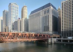 Wells Street Bridge (Chicago) - Bridge carrying a Chicago Transit Authority Chicago 'L' train