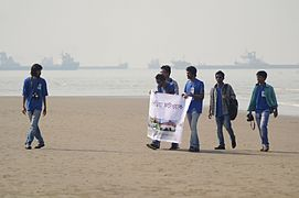 Wikipedians at Wikipedia Photowalk, Chittagong (17).jpg