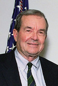 William P. Clark, Jr. in 2001.jpg