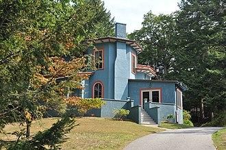 Edward A. Brackett House - Image: Winchester MA Edward A Brackett House