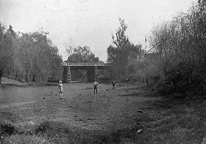 Drought in Australia - A dried-up lagoon in Wagga Wagga, New South Wales during the 1912 drought.